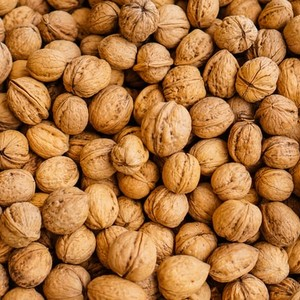 Walnuts (With shell)